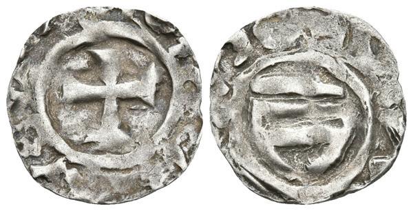 366 - BISBE TEODORIC. Obolo de imitación carolingia. (904-937) Comtat de Barcelona. Cru.V.S. falta; Cru.C.G. 1811. Ar. 0,68g. MBC-. Rara - 150€