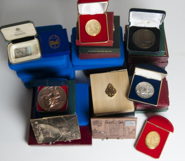 1028 - Medallas