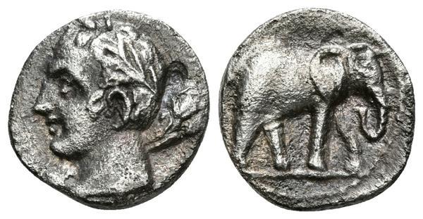 105 - CARTAGONOVA. 1/4 Shekel. 220-205 a.C. Cartagena (Murcia). A/ Cabeza de Melkart-Heracles, laureada a izquierda con clava. R/ Elefante a derecha. FAB-487. Ar. 1,51g. MBC. - 150€
