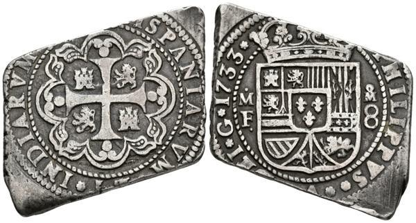 545 - FELIPE V. 8 Reales. 1733. México MF. Ceca a la derecha del escudo. Cal-768. Ar. 26,79g. Buen ejemplar. MBC+. Muy rara.  - 600€