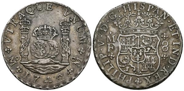 553 - FELIPE V. 8 Reales. 1742. México MF. Cal-793. Ar. 26,77g. Pátina. MBC+/EBC-. - 160€