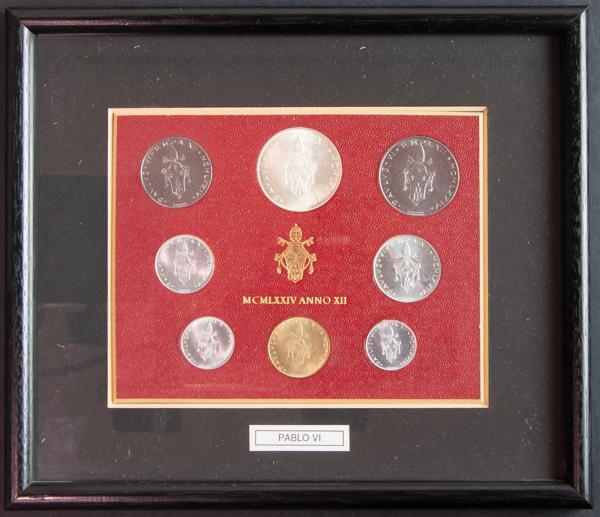 M0000005493 - World coins